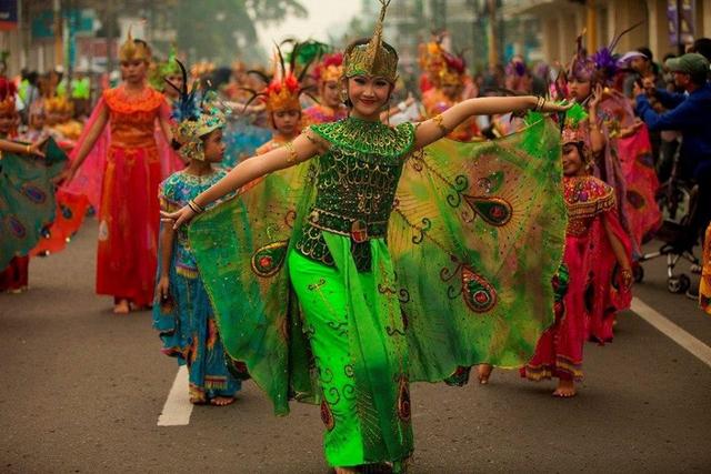 Fungsi Tari Merak, Tarian Sambutan hingga Menjadi Ikon Budaya (30445)