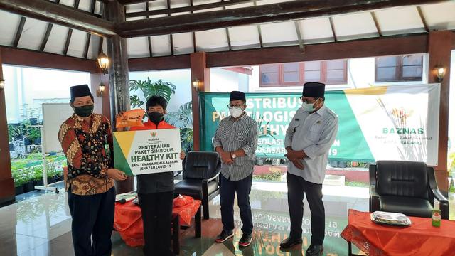 Pemkot Malang Salurkan 1.500 Paket Logistik untuk Pasien Isolasi Mandiri (47406)
