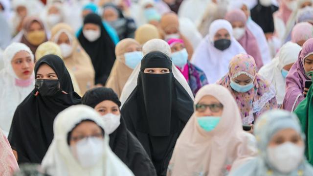 Lawan Corona, Sekda Aceh Pimpin Zikir dan Doa secara Virtual (39258)