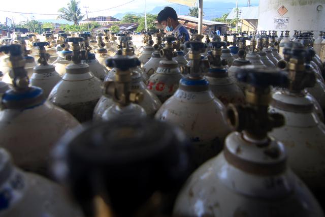 Foto: Stok Gas Oksigen di Sumbar Kosong (95954)
