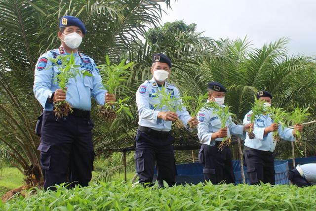 Luar Biasa, Warga Binaan Turut kontribusi Dalam Penerimaan Negara Bukan Pajak (39846)