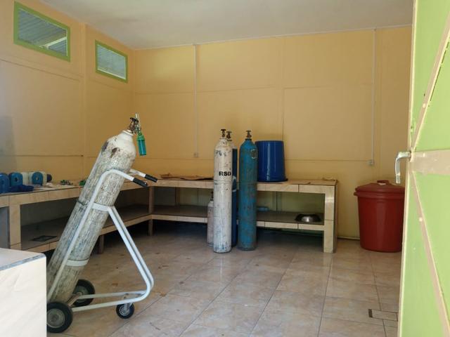 Pasien COVID-19 di NTT ini Meninggal dalam Posisi Duduk karena Kehabisan Oksigen (350867)