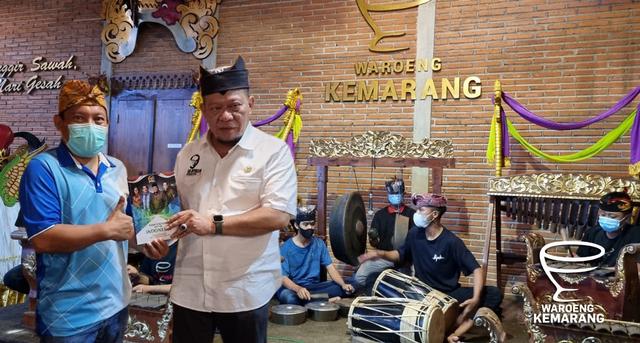 Ketua DPD RI, LaNyalla Mahmud Mattalitti tatap muka dengan Seniman Banyuwangi (310745)