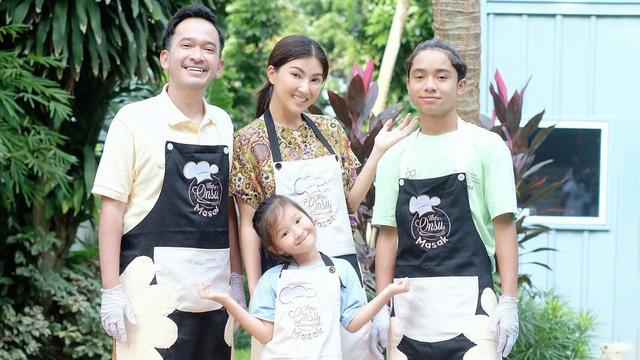 Resep Roti Gulung untuk Sarapan Anak ala Sarwendah (28055)