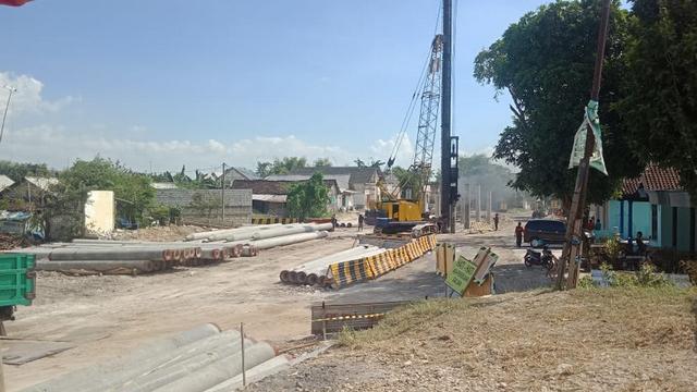 Progres Pembangunan Jembatan Penghubung Bojonegoro-Tuban Capai 26 Persen (377648)