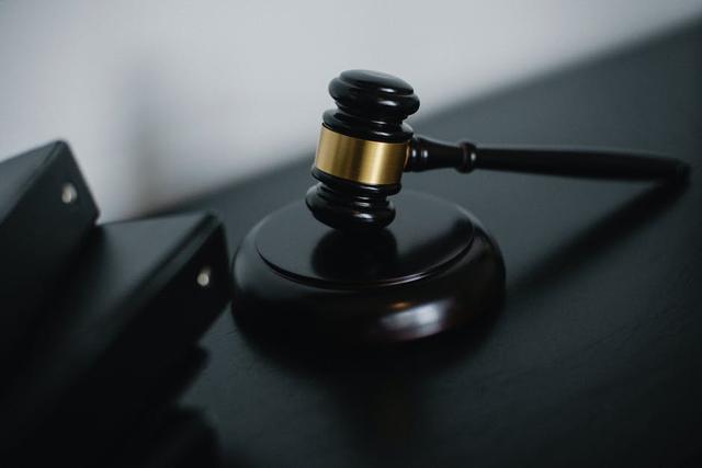 Kasus Pelanggaran Hak Asasi Manusia di Indonesia dan Dunia (20604)