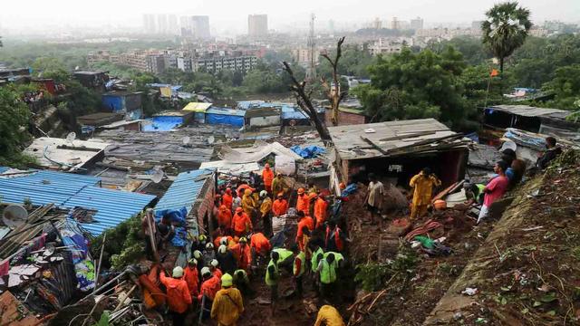 36 Orang Tewas Akibat Banjir dan Tanah Longsor di India (321246)