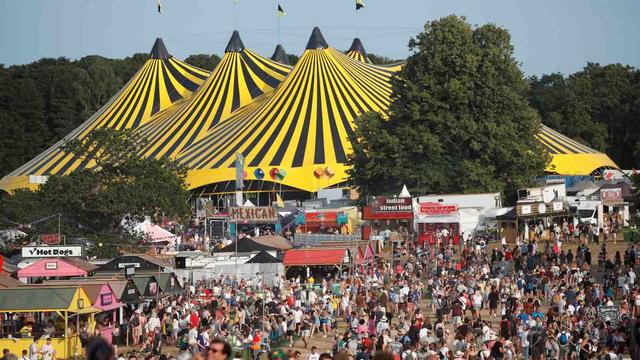 Inggris Gelar Festival Musik Saat Lonjakan Corona, 40 Ribu Orang Bakal Hadir (1005842)