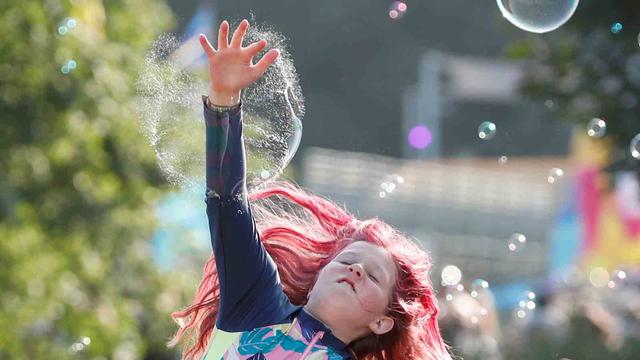 Inggris Gelar Festival Musik Saat Lonjakan Corona, 40 Ribu Orang Bakal Hadir (1005843)