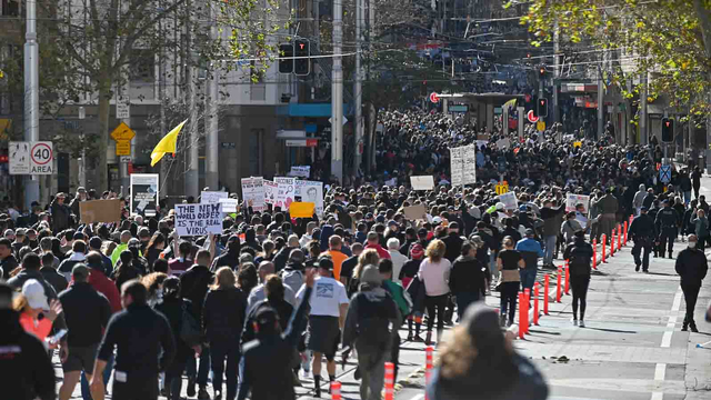 Tolak Lockdown, Massa di Australia Bentrok dengan Polisi (123053)