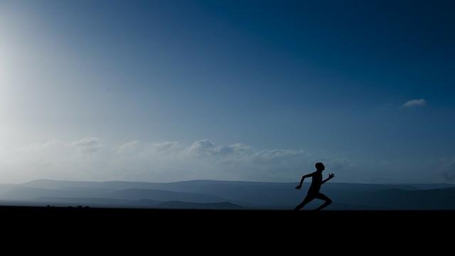 Berlari dengan Jarak Tempuh 100 Kilometer Pertama (385687)