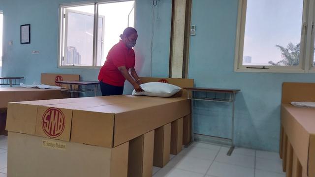 Inovasi Cardboard Bed, Tempat Tidur dari Kardus Khusus untuk Pasien Isoman (241424)