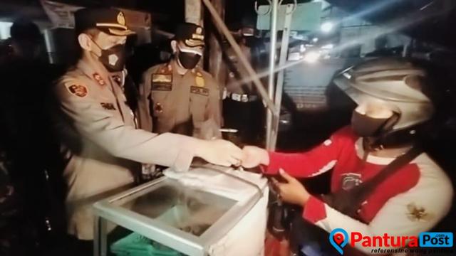 Dagangané Diborong Polisi Nganti Enték, Bakul Bakso nang Brebes Bungah Nemen (266352)