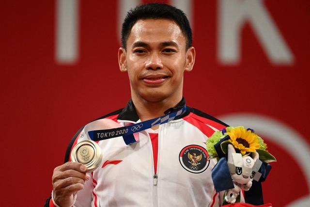 Di Olimpiade, Angkat Besi Jadi Cabang Olah Raga Paling Konsisten Sumbang Medali