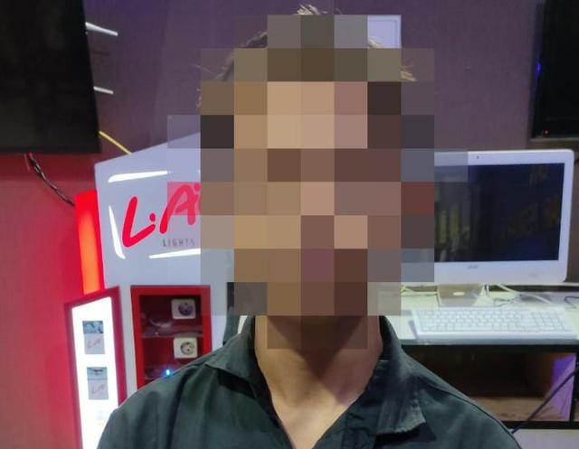 Remaja di Ketapang Ditangkap Polisi Saat Jual Kamera Curian di Facebook (79254)