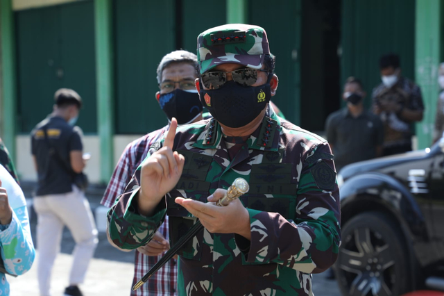 Panglima TNI: Kita Pakai Konsep Perang Gerilya untuk Tangani Corona (170286)