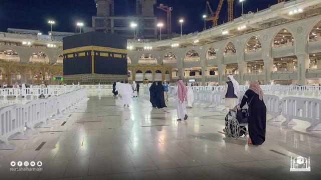 Haji 2021 Berakhir, Jemaah Umrah Kembali Berdatangan ke Masjidil Haram (910)