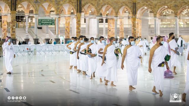 Haji 2021 Berakhir, Jemaah Umrah Kembali Berdatangan ke Masjidil Haram (905)