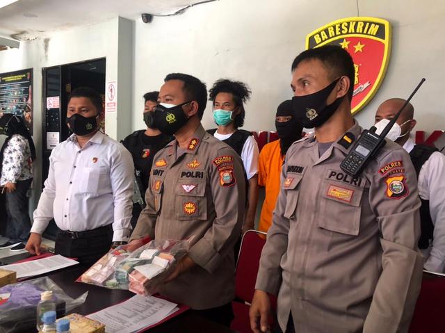 Sakit Hati, Mantan Karyawan Toko di Ternate Curi Uang Puluhan Juta (293603)