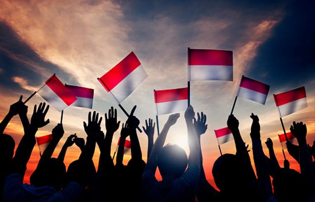 3 Contoh Puisi Hari Kemerdekaan Indonesia 17 Agustus 1945 (72422)