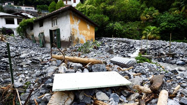 Foto: Dampak Banjir dan Tanah Longsor di Sekitar Danau Como, Italia (147335)