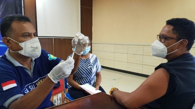 Dinkes Papua Tempuh Segala Cara Yakinkan Warga untuk Vaksinasi  (471798)