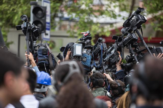 Netralitas: Bagaimana Media dan Jurnalis Seharusnya Bersikap? (59919)