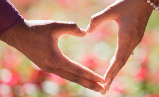 Cara Meluluhkan Hati Wanita, Lakukan 7 Tips Ini! (434672)