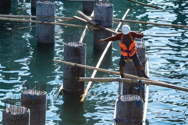 Foto: Melihat Proyek Pelabuhan Bongkar Muat Logistik di Labuan Bajo (59455)