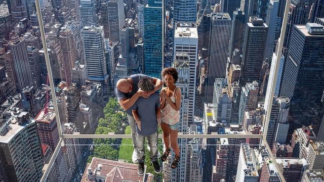 New York Hadirkan Atraksi Wisata Baru, Lift Kaca Transparan Setinggi 368,8 Meter (94753)