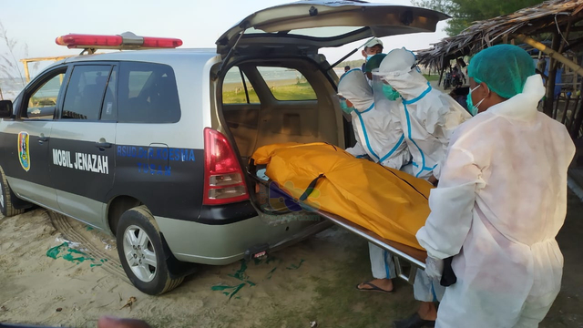 Seorang Lelaki Ditemukan Meninggal di Kawasan Pantai Cemara Tuban (154691)