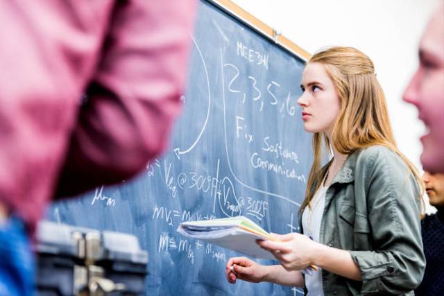 Bagaimana Tips Memilih Organisasi dan UKM Kampus untuk Mahasiswa Baru? (610258)