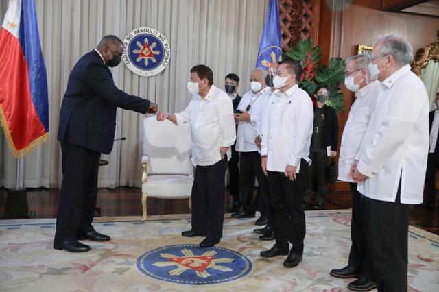 Kembali Membaiknya Hubungan Amerika Serikat dengan Filipina (20856)