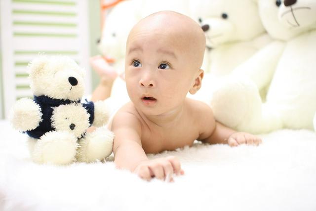 Perkembangan Bayi 4 Bulan, Bayi Mulai Berceloteh (90890)