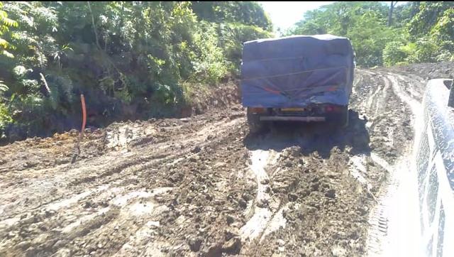 Wakil Ketua DPRD Tambrauw Sebut Kontraktor Tak Serius Kerjakan Jalan Nasional (858097)