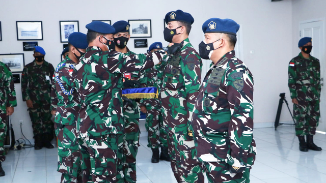 Pangoopsau III Sebut TNI AU Tak Pernah Bermusuhan dengan Masyarakat Papua  (363381)