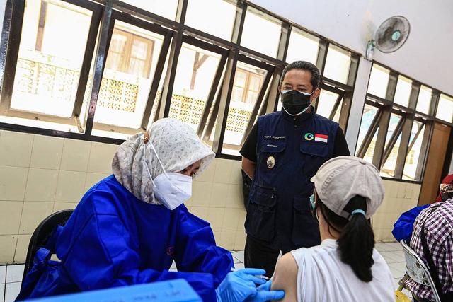 UEA Kirim 121 Ribu Dosis Vaksin COVID-19 untuk Penyandang Disabilitas di Jabar (335495)