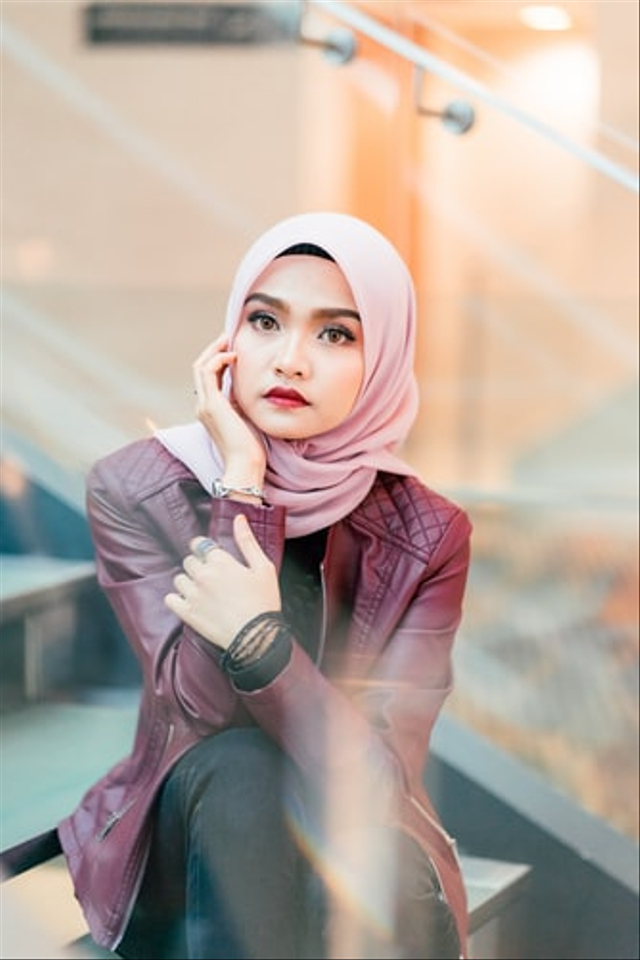 6 Gaya Hijab Trendi Terbaru, Hijaber Milenial Harus Tau (769641)