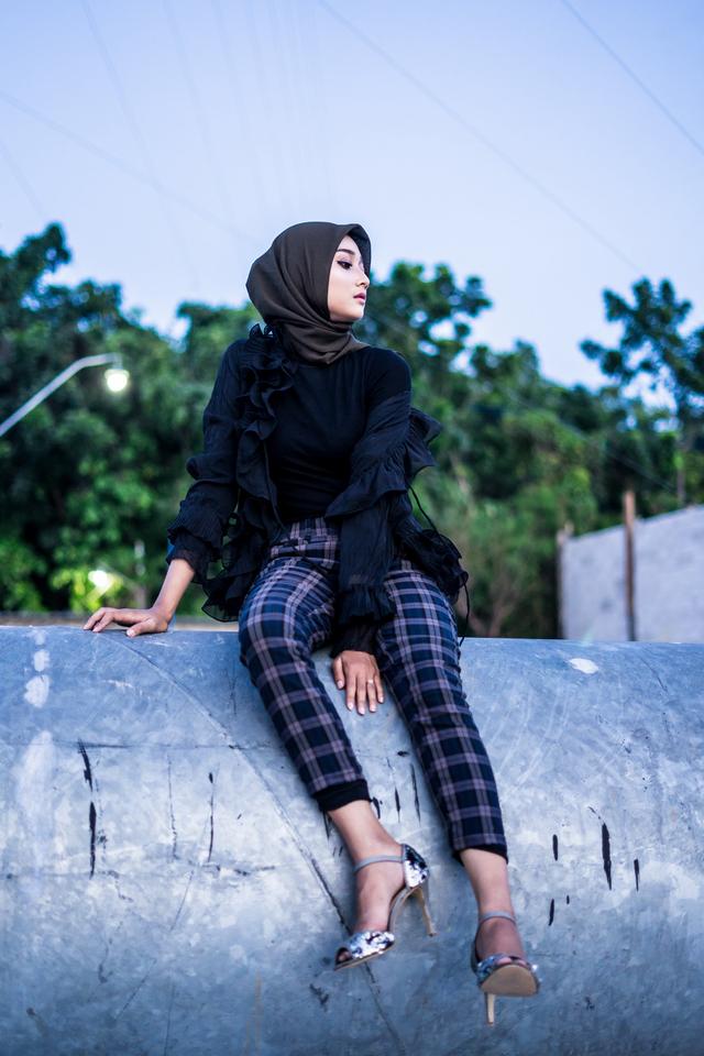 6 Gaya Hijab Trendi Terbaru, Hijaber Milenial Harus Tau (769638)