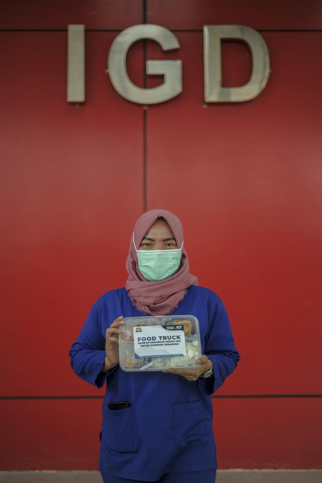 Ketika Jurnalis dan Relawan ACT Terlibat Aksi Kemanusiaan (Berita Foto) (55992)