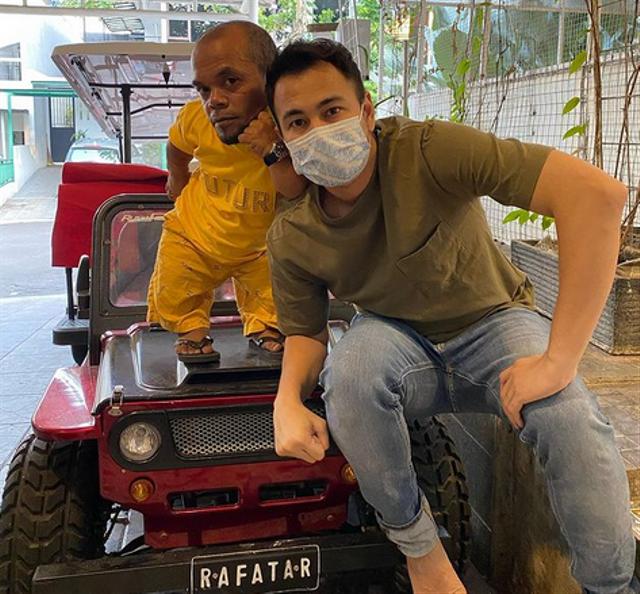Ucok Baba Beri Durian, Raffi Ahmad: Minggu Kita Kirim Mobil (66638)