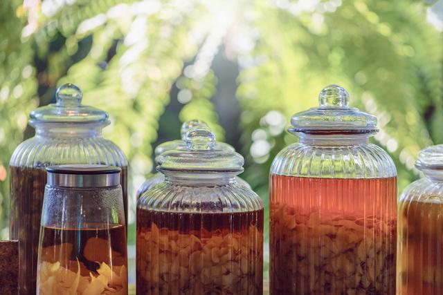 Eco Enzyme, Olahan Sampah Organik yang Kaya Manfaat untuk Kebutuhan Rumah Tangga (83732)