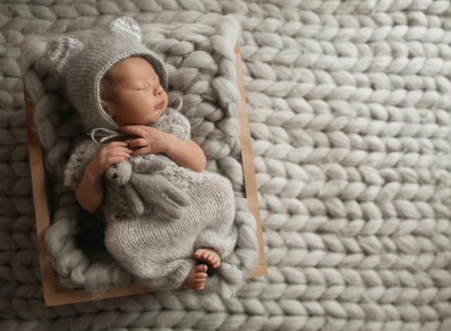 11 Nama Bayi Laki-laki Bulan Agustus yang Pemberani (58366)