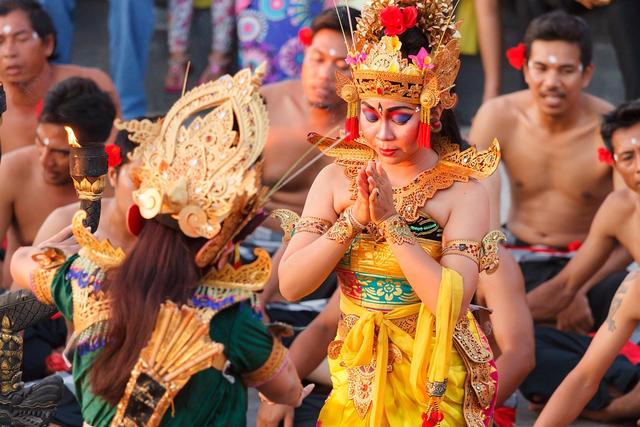 Mengenal Tari Kecak Bali yang Jadi Kekayaan Budaya Indonesia (942804)