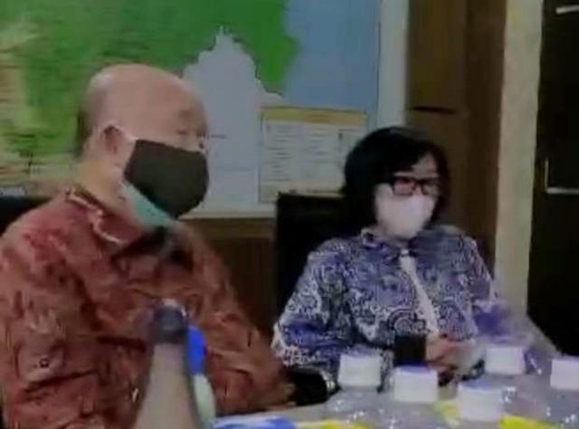 Mengurai Benang Kusut Skandal Sumbangan 2 T (645926)