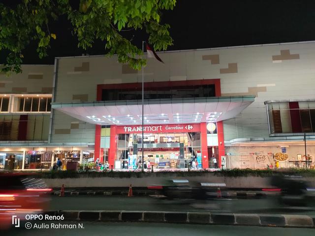 Review Oppo Reno 6: HP Rp 5 Jutaan Desain Cantik, Kamera Ciamik (60104)