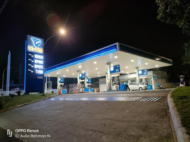 Review Oppo Reno 6: HP Rp 5 Jutaan Desain Cantik, Kamera Ciamik (60108)