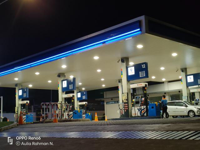 Review Oppo Reno 6: HP Rp 5 Jutaan Desain Cantik, Kamera Ciamik (60110)