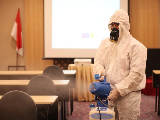 Demi Keamanan Tamu, favehotel Sidoarjo Disinfektan Seluruh Ruang Pertemuan (340932)