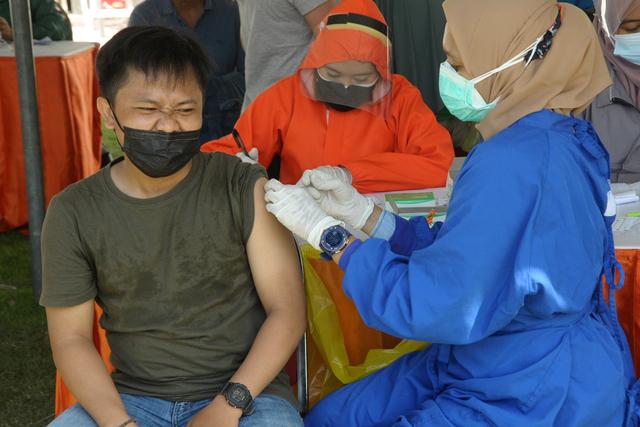 Vaksin Dosis Kedua Kosong, Ini Penjelasan Dokter Bila Penyuntikan Terlambat (346711)